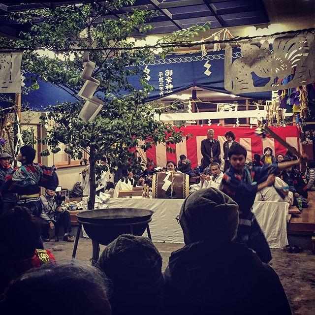 テーホヘ、テホへ️ 三つ舞 ヤチ 昔舞ったな〜、豊橋御幸神社 花祭り^o^ 地元のみなさんに感謝です。