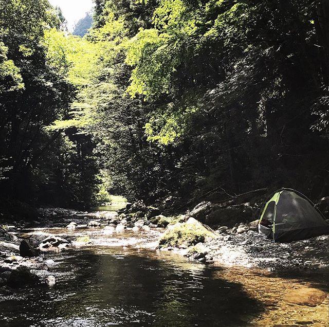 渓流沿いテント庵️^o^